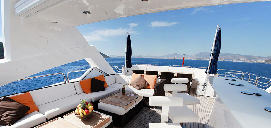 content-yacht-interior